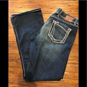 BKE Wendi Jeans size 28 x 31 1/4